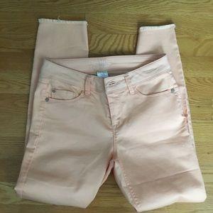 Denim - Peach colored jeans